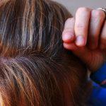"""女性ホルモンの減少で薄毛に""""なる説""""と""""ならない説"""""""